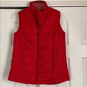 Red Vest sz Small